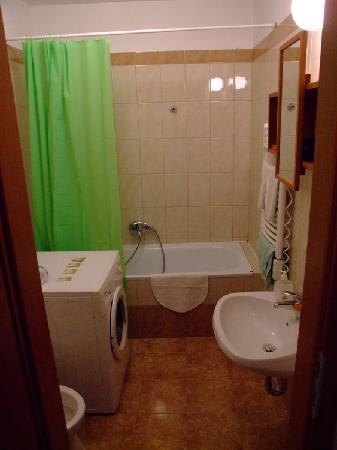 Opera Residence: Bathroom