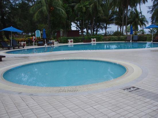 Berjaya Tioman Resort - Malaysia: the pool