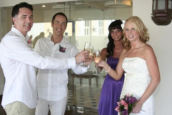 Iberostar Rose Hall Beach Hotel: Cheers