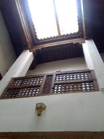 Dar Houdou Guest House: Vista desde abajo