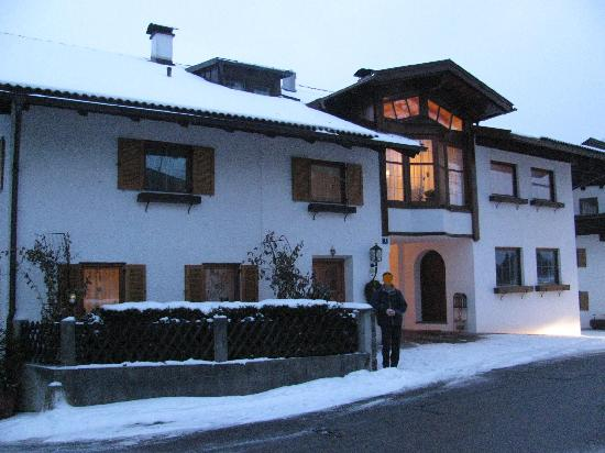 Gintherhof front