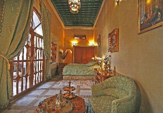 Riad & Spa Esprit du Maroc: chambre menara