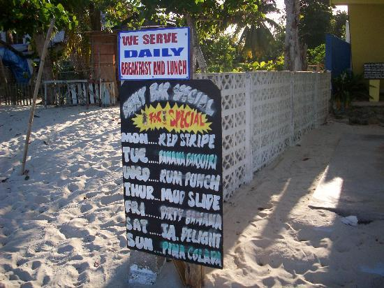 White Sands Negril: Daily drink specials