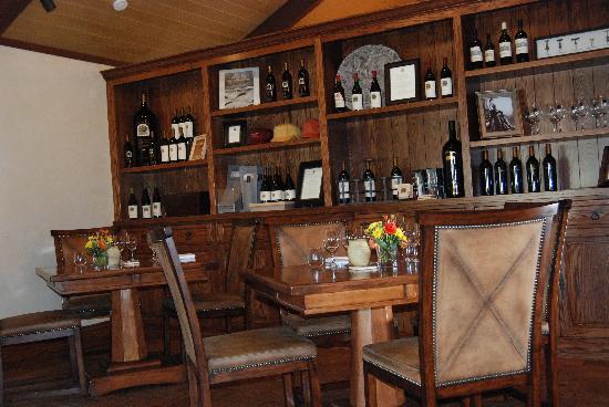 St. Helena, CA: tasting room
