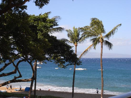Kaanapali Beach Hotel: view from my bed