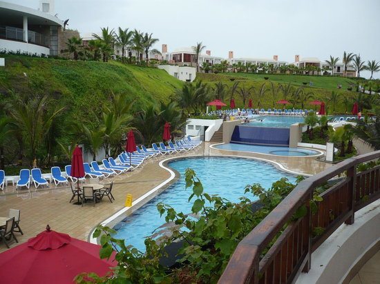 Royal Decameron Mompiche: Piscina