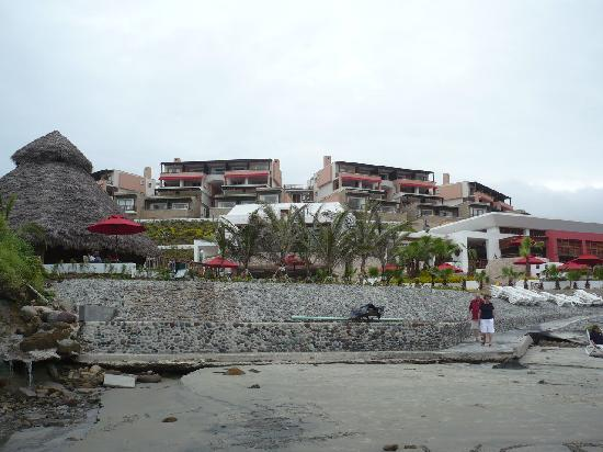 Royal Decameron Mompiche: Vista del hotel