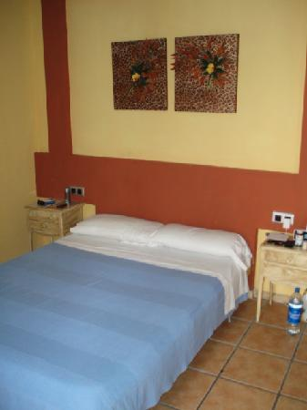 Hotel La Marina: Ebusitana bedroom