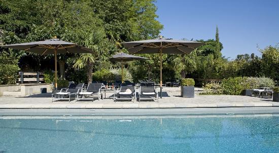 Hotel Montmorency: Swimming pool
