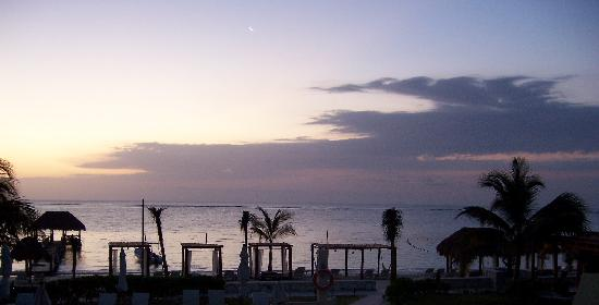 Azul Beach Resort Riviera Maya: sunrise from our deck