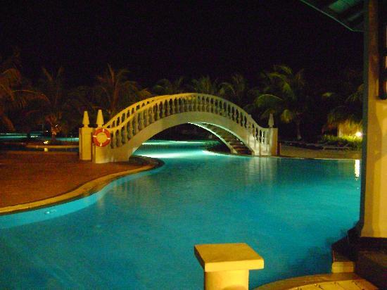 Iberostar Ensenachos: Nighttime Hideaway Pool