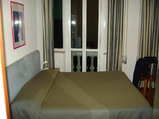 Hotel Casmona: letto