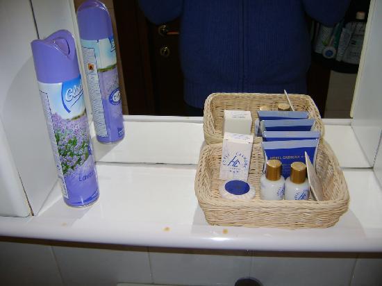 Hotel Casmona: mobile bagno