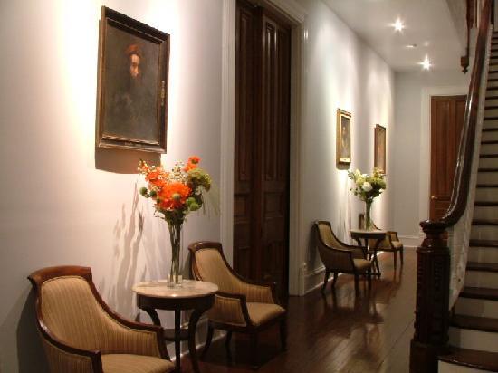 Grand Center Inn: Grand Foyer
