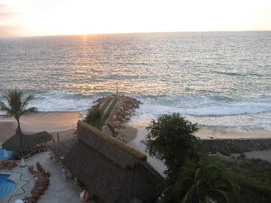 Villa Premiere Boutique Hotel & Romantic Getaway: Room View of Sunset