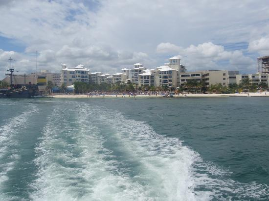 Occidental Costa Cancun: view of hotel when riding off in ferry to isla de mujeres