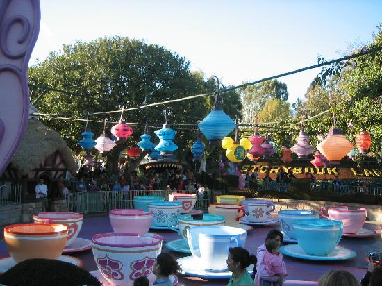 Disneyland Park: Colorful