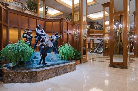 Hilton Minneapolis: Hotel Lobby