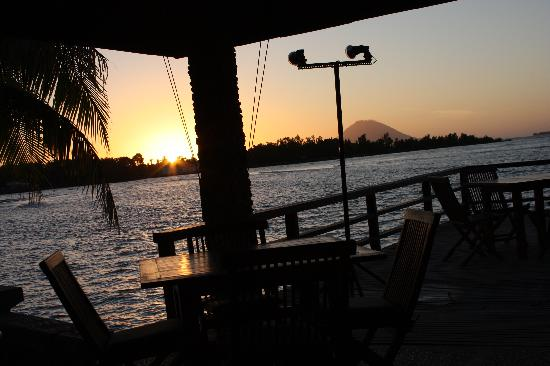 Cocotinos Manado: vistas mientras se cena