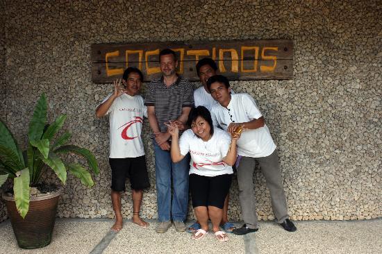 Cocotinos Manado: Gran Staff