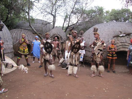 Greater Johannesburg, Sør-Afrika: dance at lesedi village