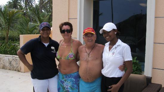 Majestic Elegance Punta Cana: En la piscina