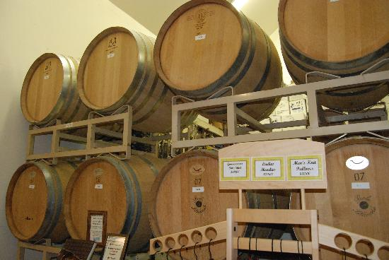 Goosecross Cellars: wine in the oak barrels