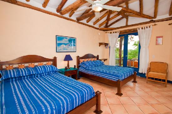 Mantaraya Lodge: Double Room