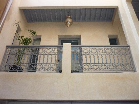 Riad Dar More: desde el patio