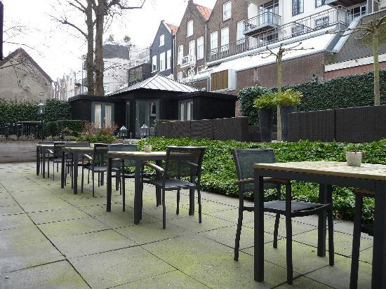 Hotel Piet Hein: Terrasse