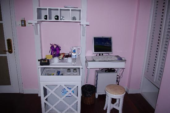 ORCHID HOTEL: In room Internet