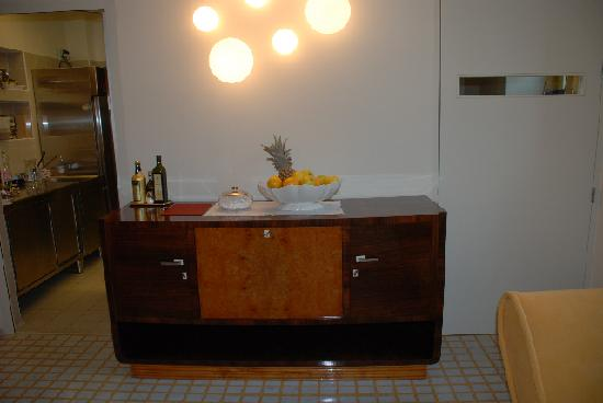 Petronilla Hotel: furniture in clill out room