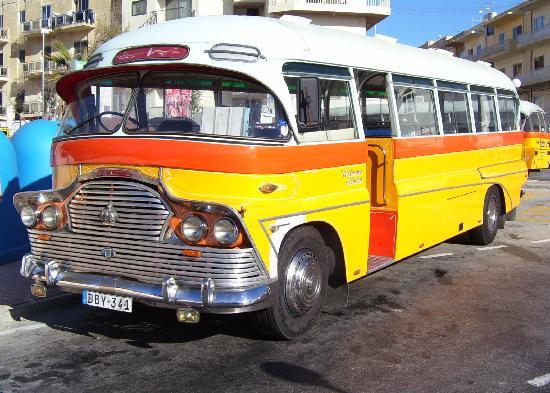 Dolmen Resort Hotel: Malta bus