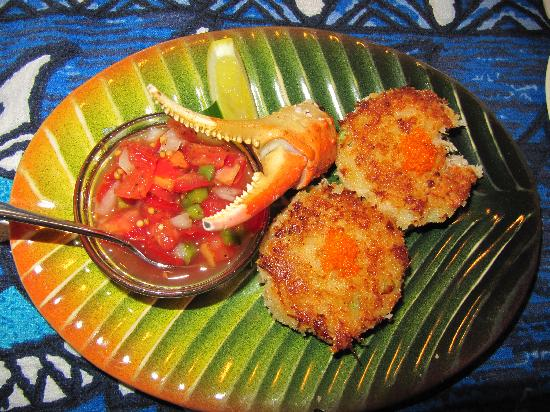 Mama's Fish House: Crab Cake Appitizer