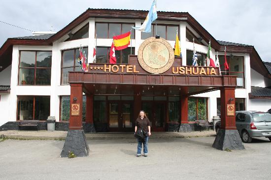 Hotel Ushuaia: Front of Hotel