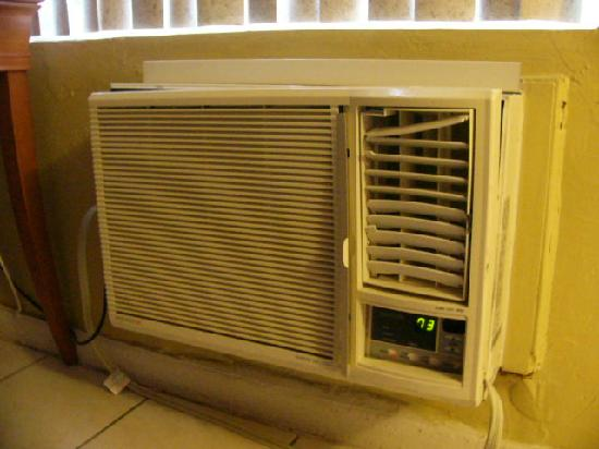 Sea Beach Plaza: air conditioner falling apart