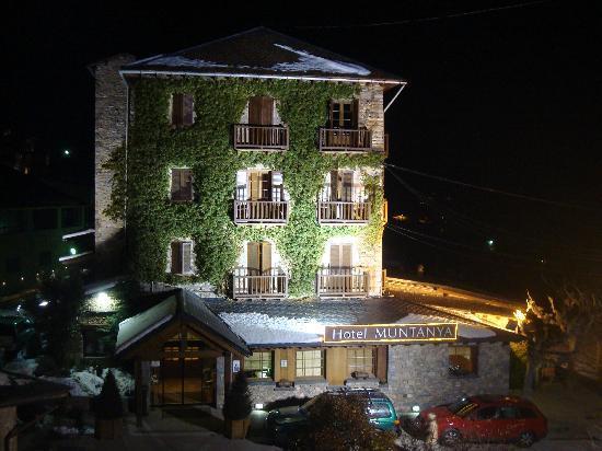 Prullans De Cerdanya, Spain: Fachada del hotel