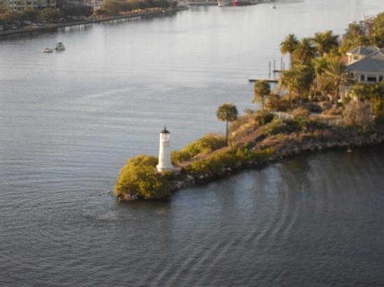 Light house we saw leaving Tampa