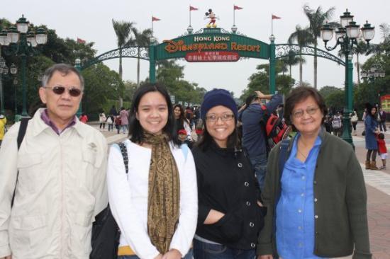 Hong Kong Disneyland: disneyland