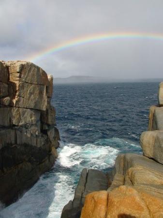 Albany, Australia: ngam ngam got rainbow over the Natural Gap