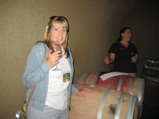 Sonoma, CA: Me and our tour guide 'right from the barrel' at Beringer
