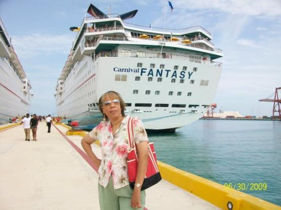Cancun With Me: Just got back from my cruise to Mexico.  Had a ball.