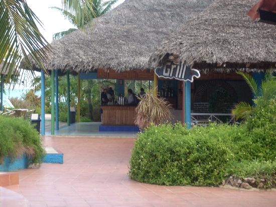 Gran Caribe Club Villa Cojimar: pool bar
