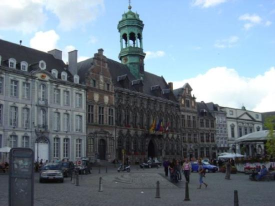 Grand Place: town hall