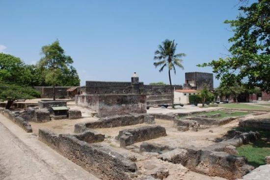 Fort Jesus Museum : Ruins inside Fort Jesus