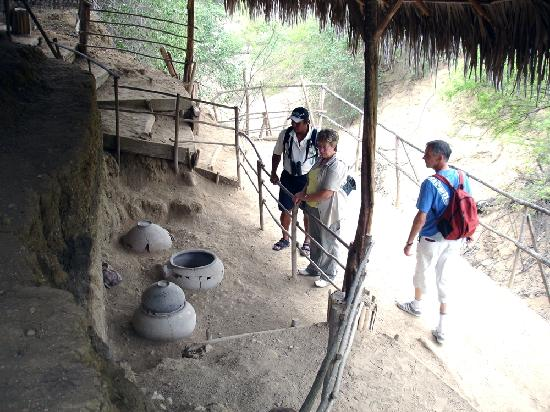 Mantaraya Lodge: Agua Blanca Acheology