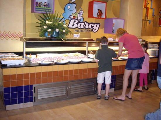 Barcelo Maya Beach: buffet pour enfants
