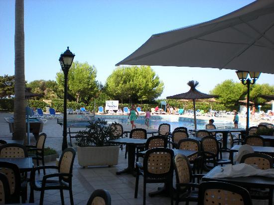 Veraclub Minorca: ristorante all'aperto con vista piscina