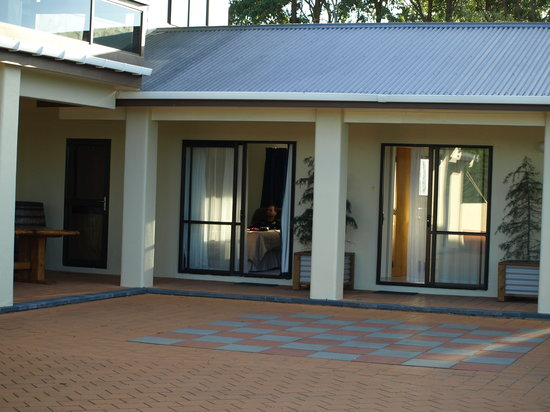 Kukumoa Lodge: The Units