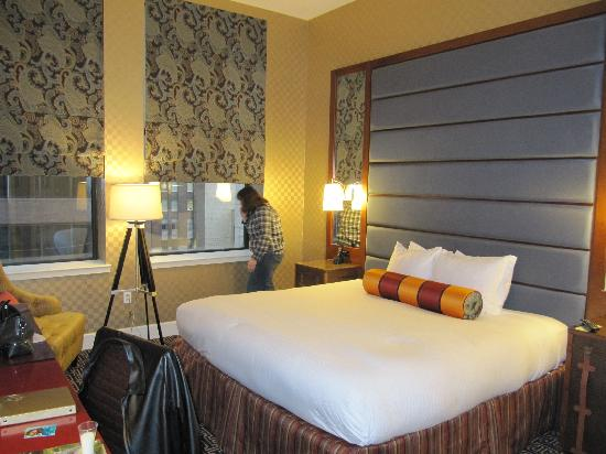 Kimpton Hotel Monaco Baltimore Inner Harbor: Hotel Monaco room